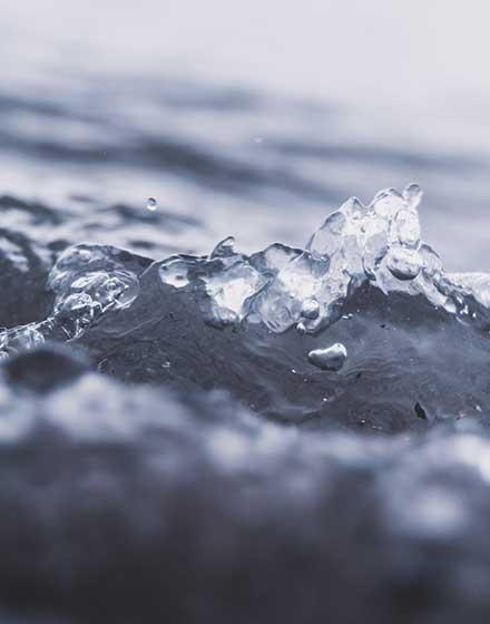 Atvirkštinė osmozė (atvirkštinis osmosas) užtikrina daug švaresnį vandens valymą ir filtravimą nes naudojama speciali vandens filtravimo membrana – INFES technologijos.