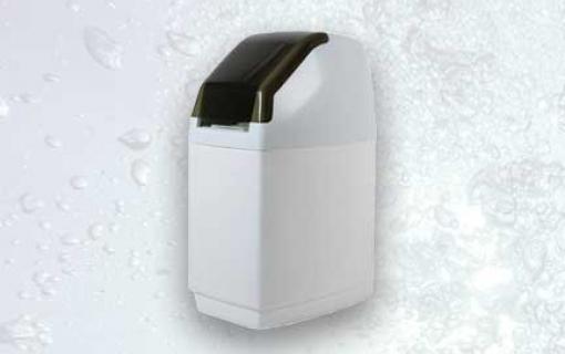 Minkštinimo filtras, vandens minkštinimo filtras. 7-ių regeneracijos ciklų, automatinis vandens minkštinimo filtras Riversoft 8, geriamo vandens minkštinimo filtras – INFES technologijos.
